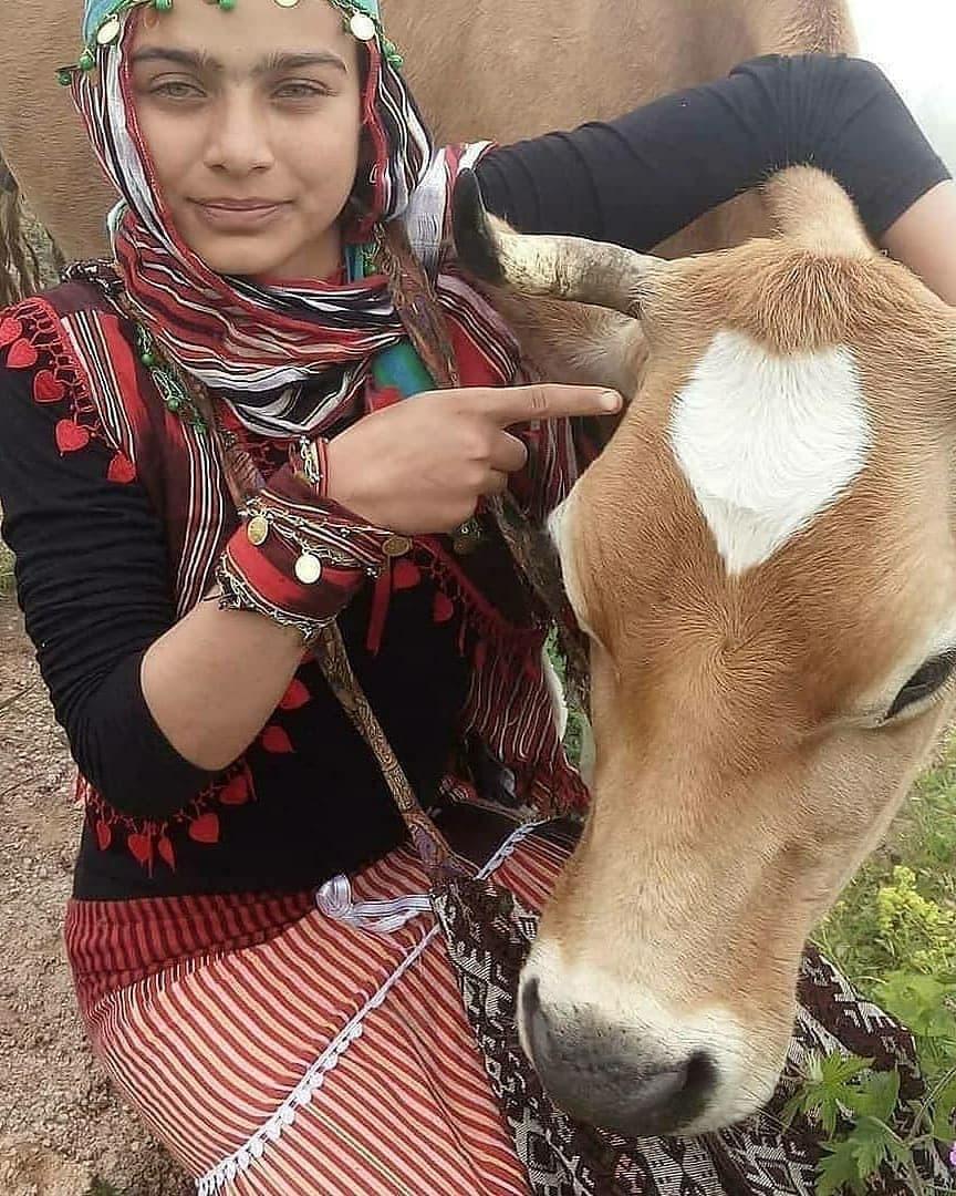 تصاویری زیبا از دختر چوپان که این روزها وایرال شده